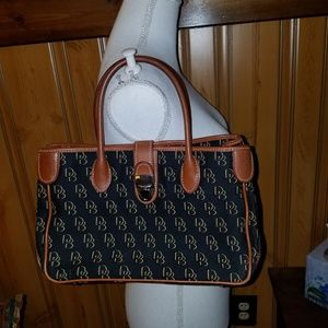 DOONEY BOURKE SIGNATURE FABRIC SATCHEL